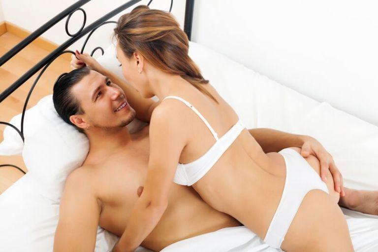 couple_iStock_000029343136_XXXLarge