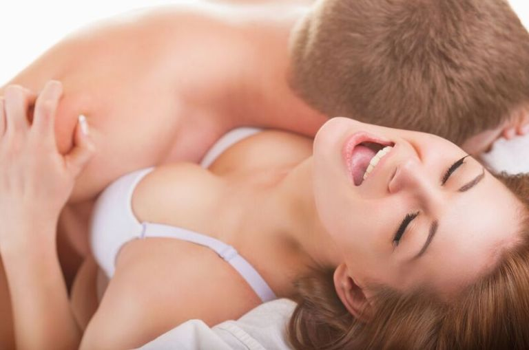 couple_bedroom_bigstock-Sexy-Young-Couple-78433337