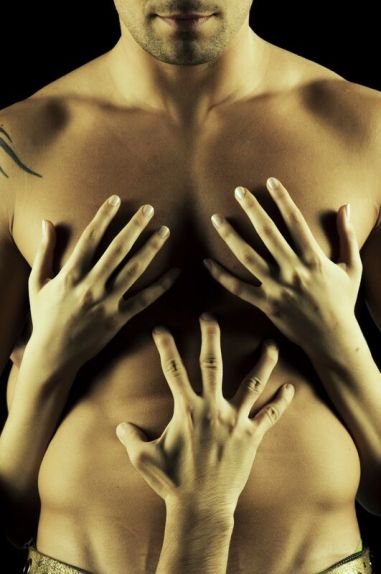 man_Touch-Me-000010899828_Large