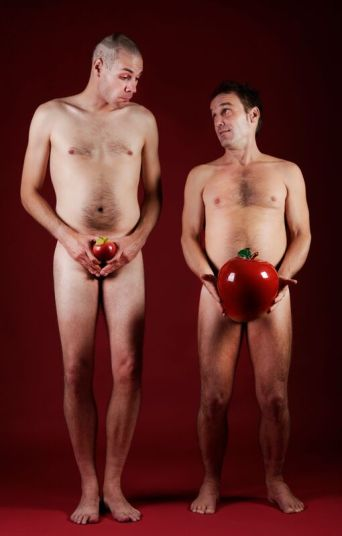 men_Comparing-Apples-108354715_1914x3000