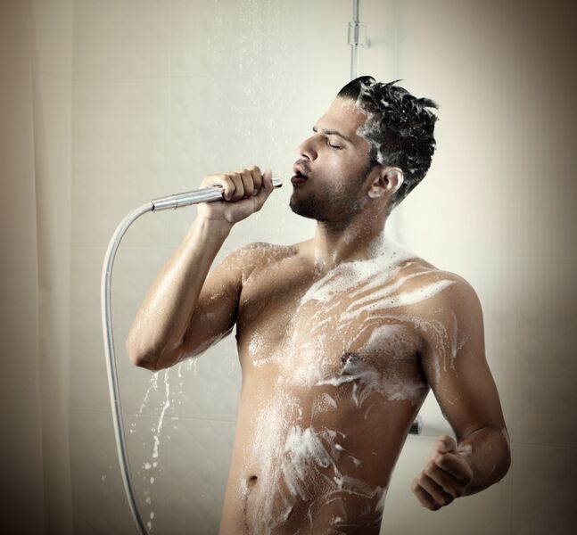 man_Morning-shower_-175000896_4036x3744_preview